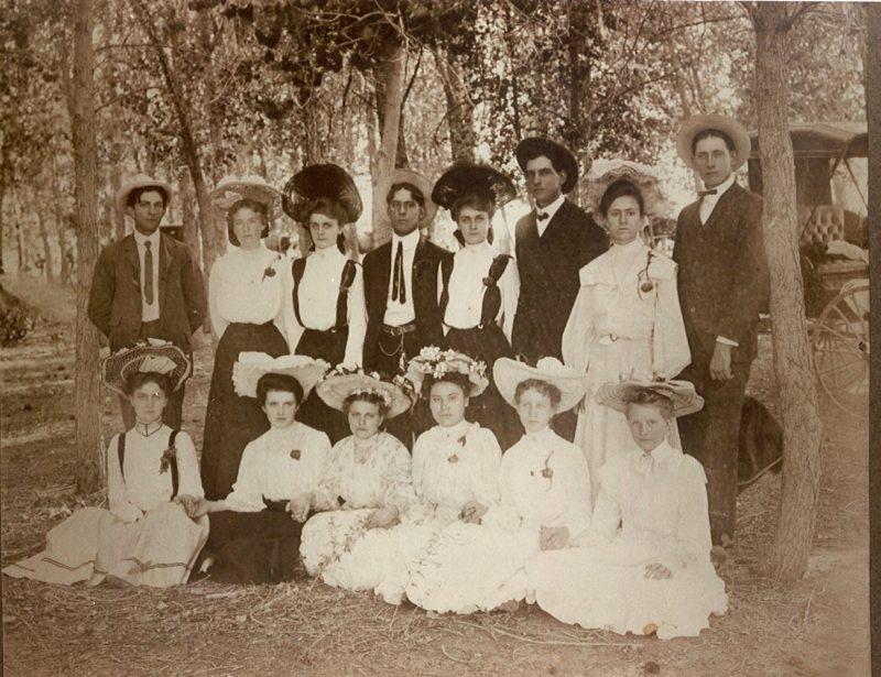 Family gathering 1905